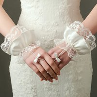 Wholesale Wedding Accessories Bridal Gloves - Lace Romantic Bridal Gloves Short Waist Length Fingerless High Quality Wedding Accessory Special Occasion Gloves Accessory
