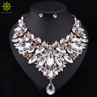 Wholesale Dubai Jewelry Necklace - Retro Style Nigerian Wedding African Beads Jewelry Sets White Crystal Necklace Earrings Set Party Wedding Dubai Jewelry Set