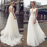 Wholesale Low Neckline Tops Black - New Design 2017 Boho Wedding Dresses V Neckline Lace Top Tiered Tulle Skirts Bridal Dresses Low Back Court Train Free Shipping