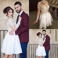 ingrosso perline mini abiti da sposa-Luxury 2017 brevi mini abiti da sposa collo alto illusione appliques in pizzo in rilievo sheer pulsante posteriore maniche lunghe in raso plus size abito da sposa