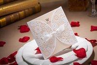 ücretsiz yazdırılabilir dantel davetiyeleri toptan satış-Yaratıcı Hollow Dantel Cut-out Düğün Davetiyesi Ile Ilmek Ücretsiz Özelleştirilmiş Düğün Parti lazer davetiye Yazdırılabilir Ücretsiz Kargo
