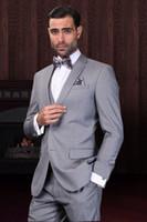 diseñador de esmoquin gris al por mayor-2016 nuevo traje gris de la boda de los smokinges del novio para los diseñadores de los trajes adaptados del baile de fin de curso Boyfriend Blazer Novio (Jacket + Pants + tie + Vest)