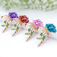 cristales broche de diamantes de imitación rosa al por mayor-4 colores hermosa joyería de moda de diamantes de imitación flores de rosa brote placa de oro rosa de diamantes de imitación de cristal broche pin para mujer boda regalo de navidad