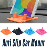 mattenhalter für telefon großhandel-Autotelefonhalter Weiche Silikon-Handys Autohalterungen Desktop-Anti-Rutschmatte Ständer Halterung Universal Für Mobiltelefone GPS-Geräte