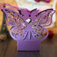 Barato Caixas Diy Do Favor Da Borboleta-New Arrival Butterfly Hollow Paper Candy Boxes Gift Bags DIY Wedding Favor Baby Shower Boxes para Wedding Decoração Suprimentos