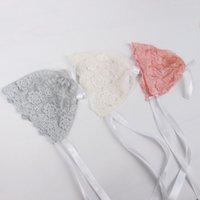 kız başlıklar fotoğrafları toptan satış-Yenidoğan Bebek Kız Fotoğraf Fotoğraf Prop Dantel Çiçek Şapka Kap Beanie Bonnet bebek dantel şapka 3 renkler mevcut