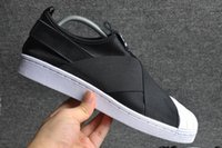 Wholesale Summer Black Sandal - 2016 Summer SUPERSTAR SLIP ON Sandals Loafers For Men Women head crossed strap black and white low Tops unisex sneakers 36-44