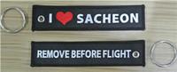 quitar etiquetas al por mayor-Amo Sacheon Quite antes el llavero del bordado de la tela de la etiqueta conocida de encargo del vuelo 13 x los 2.8cm 100pcs / lot