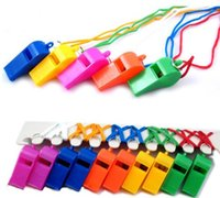 Chegada nova Copa do Mundo Cheerleading Plastic Whistle Com Corda