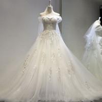 viktorianischen rosa brautkleider großhandel-100% Real Photo vestido de noiva princesa Hochzeitskleid Spitze Perlen Brautkleider mit Zug 2017 Lager Günstige Brautkleider