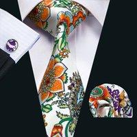 gravata de seda vermelha alaranjada venda por atacado-Laços de Seda dos homens Novidade Verde Laranja Vermelho Floral Casamento Negócio Gravata Gravata Set Incluem Tie Abotoaduras Hankerchief Gravata N-1216