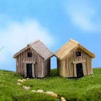 ingrosso giardini diy paesaggistica-Miniatura resina Casa in legno Artigianato Moss Terrarium Micro Paesaggio Assemblato Piccola Decorazione Giocattoli Fata Giardino Bonsai Craft FAI DA TE Zakka