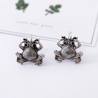 Wholesale Wholesale Ear Cuffs Frog - Fashionable antique animal frog earrings jewelry, feminine personality charming toad ear clip