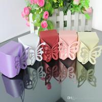 ingrosso scatole dolci della farfalla-Candy Box Colorful Pearl Paper Hollow Butterfly Square Dolci Caso Matrimonio Indietro Regalo Popolare Carino Bowknot Party Decor 0 15hb R