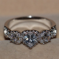 Wholesale Three Heart Rings Women - Free shipping Three stones Pave setting Cute jewelry 10kt white gold filled Topaz Diamonique Wedding Heart Band Rings for Women Size 5-10