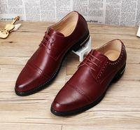 Wholesale Korean Oxford Shoes - 2016 New Fashion Carve Bullock Korean Men's Oxfords Wingtip Shoes Lace Up Flats Men Genuine Leather Wedding Dress Shoes Loafers