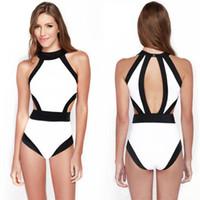 einteiliges monokini drückt auf großhandel-Neuer schwarzer weißer einteiliger Badeanzug drücken monokini Bandagebadeanzug hängenden Halsbadebekleidung hohe Taillenbikini herausgeschnittenen Badeanzug 2839