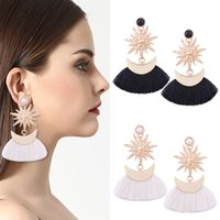 Vintage Star Moon Drop Tassel Boucles d'oreilles Crescent Tassel Ear Drop Elegant Drop Dangle Ear Studs Bijouterie Femme B856L