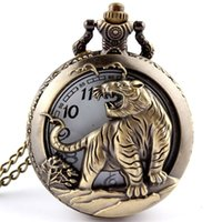 Hot Frete grátis Bronze Tiger Oco Quartz Pocket Watch Necklace Pendant Chinese Zodiac 12 Carving Back Womens Men GIfts P251