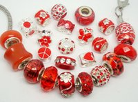 50pcs / Lot Fashion Mixed Red Charms Beads para Jóias Making Loose Big Hole Charm DIY Beads for European Bracelet Atacado a granel