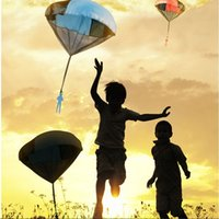 outdoor games for kids - 5PCS Kids Triangle Toy Hand Throwing Parachute Kite Outdoor Play Game Toys For Children Family Game Paragliding kite Multi Color