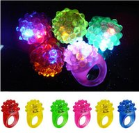 Funny Ring Light Ring Flash Light LED Mitts Cool Led Light Up Мигает Bubble Ring Rave Party Мигает Soft Jelly Glow Party Favor