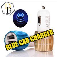 ingrosso l'azzurro ha condotto le luci dell'automobile-Caricabatteria da auto Caricabatteria da auto universale Dual USB blu chiaro LED Caricabatterie universale Adattatore colorato per Iphone Samsung LG HTC
