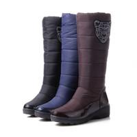 botas de piel azul al por mayor-2016 botas de invierno de moda plataforma de piel dentro de la rodilla caliente botas altas de nieve para mujeres Zapatos de algodón negro azul marrón