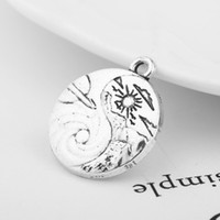 Nova chegada Antique Silver Plated Round Shape Scenery Sun Mt Clouds e Swell Pendant Charms For DIY Jewelry