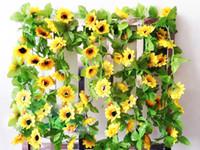 ingrosso recinzione di fiore artificiale-250cm falso seta girasole edera vite piante fiori artificiali con foglie verdi appeso ghirlanda recinzioni da giardino casa decorazione di nozze