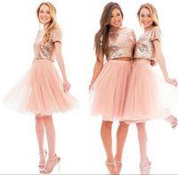 mini vestido de praia rosa venda por atacado-2018 duas peças sparkly rosa rose gold lantejoulas dama de honra vestidos de praia barato manga curta plus size júnior vestidos de festa de formatura