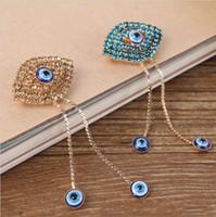 Wholesale Muslim Hijab Pins - Unique Big Eyes Rhinestone Brooches For Women Wedding Brooch Pins Muslim Hijab Scarf Clip Corsage Ornament
