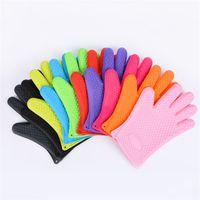 isıya dayanıklı silikon barbekü eldivenleri toptan satış-Silikon Eldiven Kaymaz Pişirme BARBEKÜ Izgara Eldivenler Ev Mutfak Malzemeleri Için Isıya Dayanıklı Renkli 5 5zc C R