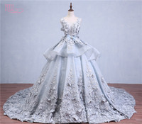 Wholesale Cover Photo New Flower - Luxury Ball Gown Wedding Dresses 2017 New Scoop Neck With Embroidery Flowers 2016 Bridal Gowns Real Photo Vestidos De Noiva Custom Made