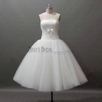 Wholesale Cheap Beach Balls - 2017 Beach Wedding Dresses Ball Gown Strapless Tea Length Pleats Ribbon Bowknot Real Images Little White Dresses Cheap Tulle Bridal Gowns