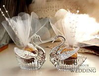 Venda por atacado - 12 peças Swan Wedding Favor Boxes / Gift Creative Selfdom Bomboniere Candy Boxes com voile + decorar pera