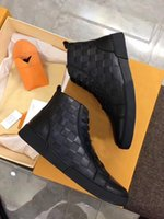 Wholesale Men Italian Patent Shoe - Classic Fashion Mens High Top Shoes Man Autumn and Winter Genuine Leather Flat Heels Casual Sneaker Boots Made in Italian Lace-Up Size 38-44