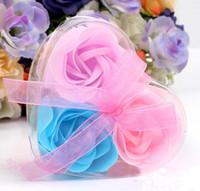 ingrosso set di sapone fatto a mano-3pcs set scatola in pvc a forma di cuore confezionato a mano sapone rosa petalo di simulazione fiore di carta fiore sapone San Valentino festa di compleanno regali