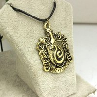 Collier Collier Serpent Cheap Wholesale Harry Potter Poudlard Serpentard école Badge Bronze Antique Vintage Rope Leather