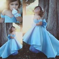hermosos vestidos de niña al por mayor-Sweetheart Satin High Sweep Train Big Bow Ruffle Especial Beautiful Romantic Chic Little Girl Vestidos formales