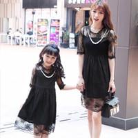 bayan pamuklu bornoz toptan satış-Çocuklar için saf pamuk anne kızı eşleştirme elbiseler Saf renk Anne ve kızı elbise ebeveyn-çocuk kıyafet sundress Lady dantel elbise