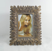 "Wholesale Frames 5x7 - 4x6"" and 5x7"" Mahal Picture Frames Rectangle Golden Creative Resin Photo Frame With Fully Plume Along Edging Design"