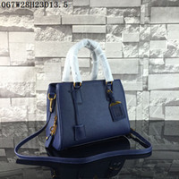 Wholesale Brown Crochet - Latest women leather totes Lichee grain Medium casual bags 3 layers pockets one zipper women buisness casual totes or shoulder bags
