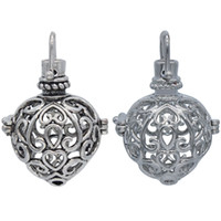 Wholesale Womens Jewlery - 2pcs Mixed Aromatherapy Essential Oil Diffuser Heart Hollow Locket Openable Pendant For Chain Necklace Womens Charms Jewlery DIY