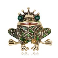 eşarp taçları toptan satış-Vintage Taç Yeşil Rhinestones Gözler Kurbağa Broş Böcek Kurbağa Broş Erkekler Kadınlar Için Çocuklar Kazak Eşarp Ceket Takı Iğneler Eşarp toka