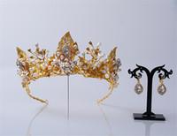 ingrosso accessori per capelli nuziali oro-Vintage Wedding Bridal Crown Tiara Strass Fascia Perla Accessori per capelli Gioielli Oro Cristallo Principessa Regina Orecchini Orecchini Set gioielli
