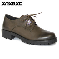 A052 Rétro style britannique en cuir Brogues Oxfords Basse Talons Femmes Chaussures Crystal Brown Lace Up Handmade Casual Lady Shoes