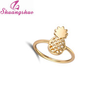 Vente en gros - 2016 Nouvelle mode anneaux d'ananas Bijoux Simple Funny Outline Fruit Rings Lovely Ananas Rings for Women Party Gift