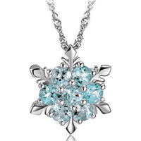 Wholesale wedding necklaces for sale - Luxury Pendant Jewelry Bridal Necklaces Charm Snowflake Crystal Silver Plated Necklace For ladies At The Wedding