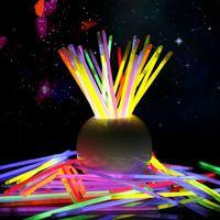 ingrosso luci al neon stick-Bastoncini luminosi multicolore 20cm Bracciale Neon lampeggiante Bastoncini luminosi con connettore party Vocal Concert uso Flash glow Stick IC608